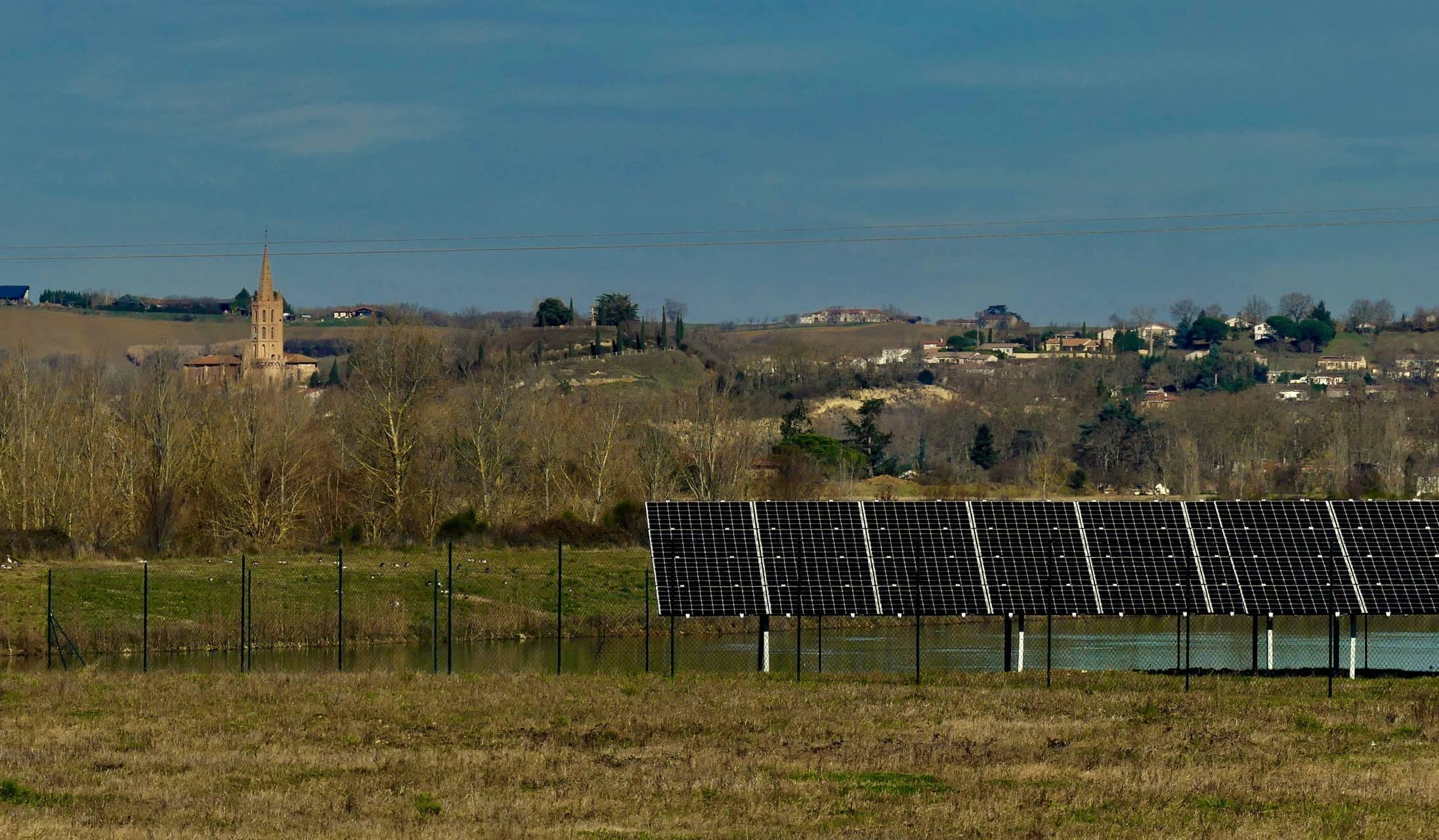 Soleil du midi parc solaire de Cintegabelle fin des travaux